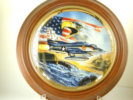"""2641 """"SYMBOLS OF POWER AND PRIDE"""" Plate Franklin Mint Heirloom Recommend... - $25.00"""