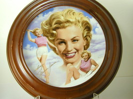 2598 THE GIRL NEXT DOOR Remembering Norma Jeane Marilyn Monroe Hamilton ... - $25.00