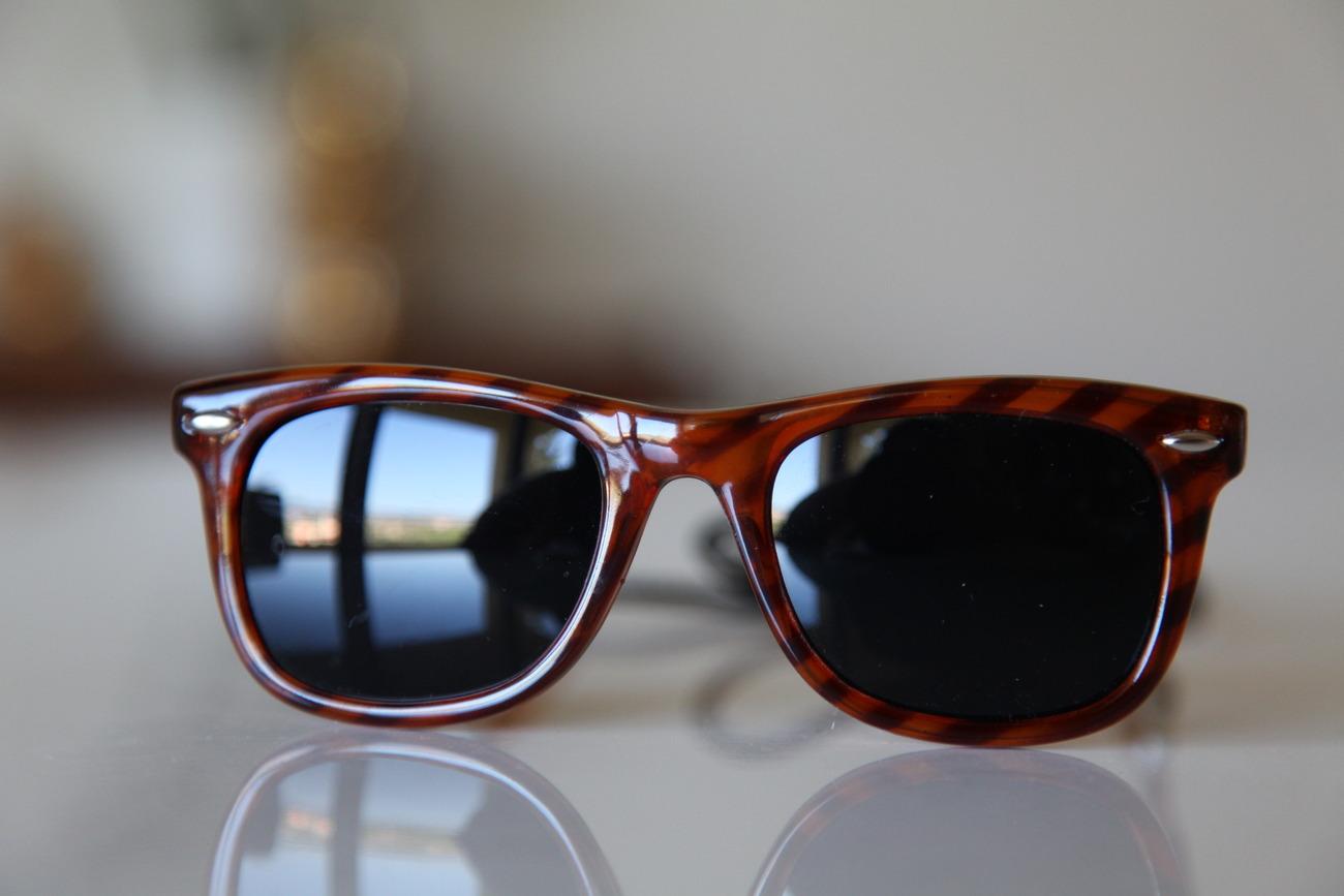 Vintage Tortoise Sunglasses Golden Brown/ Brown/ Chrome/ Dark Green Lenses