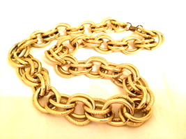 Bold Golden Link Chain Metal Necklace True vintage jewelry Grunge 90s  - $35.00