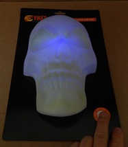 "Halloween Lighted LED Multi Colored Skull Door Decor Yikes 10"" x 6"" 114S - £4.67 GBP"