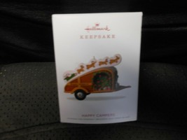 "Hallmark Keepsake ""Happy Campers"" 2018 Ornament NEW - $7.38"