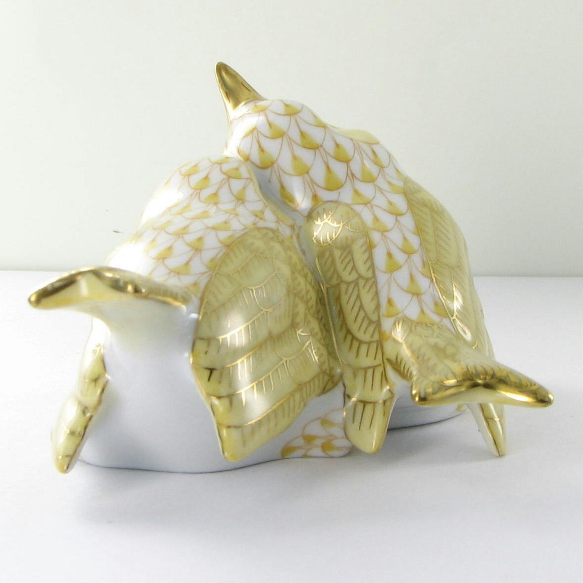 """Herend Love Birds Butterscotch Yellow Fishnet 4.5"""" VHJM-5059-0-00 New $490"""