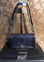 AUTH CHANEL LIMITED EDITION MIDNIGHT BLUE CRYSTAL LAMBSKIN MEDIUM BOY FLAP BAG image 2