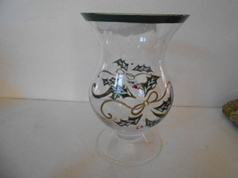 LENOX GLASS HURRICANE VASE HOLLY & BERRY FINAL SALE - $4.90