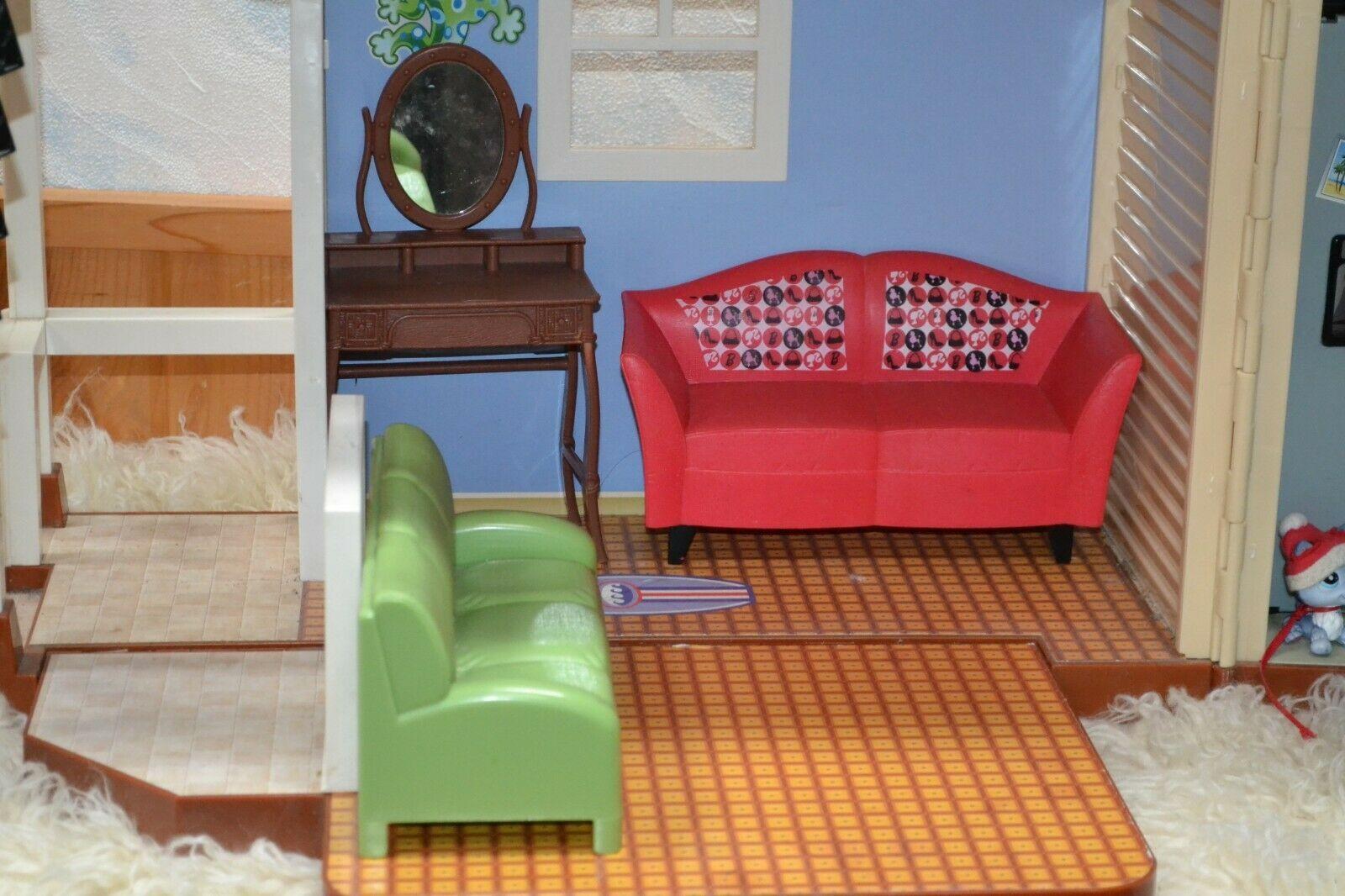 Disney Dollhouse - Hannah Montana Malibu Beach house incl. Furniture, dog & more