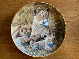 African Lioness and Cubs Collector Plate From The Franklin Mint - $20.74
