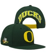 Nike Oregon Ducks Player's True Snapback Hat - Green - $331,05 MXN