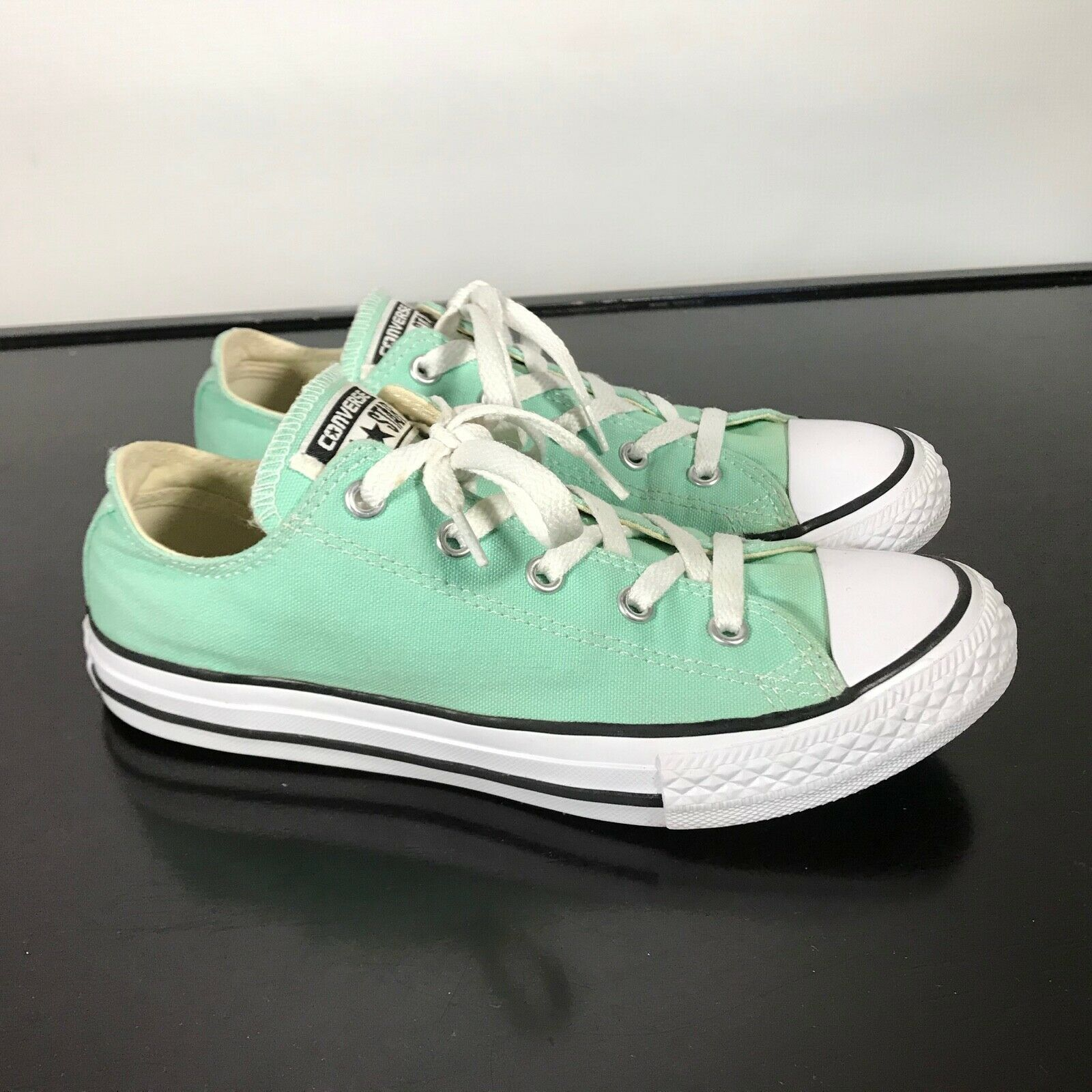 Converse All Star Chuck Taylor-  youth Sz 3,  Mint Green canvas shoes. Nice!