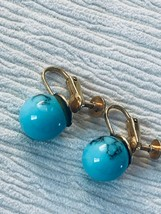 Estate Turquoise w Black Veins Round Plastic Bead Screwback Earrings – 3... - $8.59