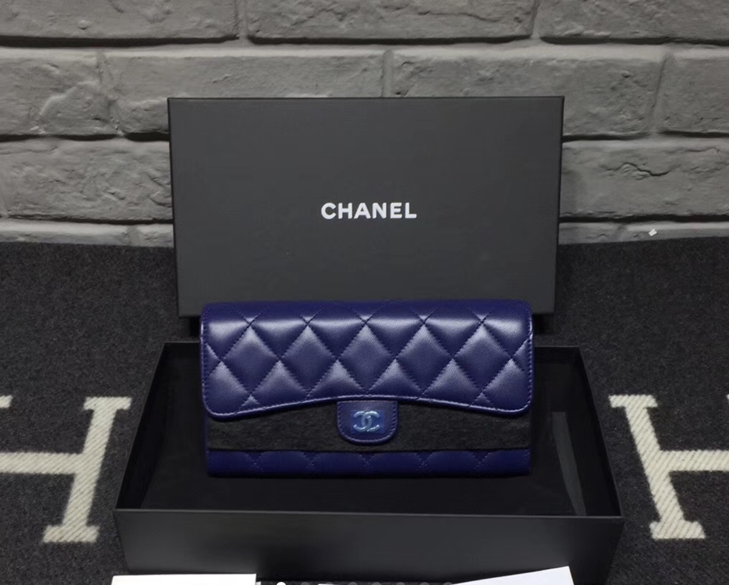 BNIB AUTH CHANEL BLUE QUILTED LAMBSKIN LARGE TRI-FOLD WALLET CLUTCH