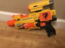 Nerf N-Strike Barricade RV-10 Automatic Motorized Dart Blaster Gun EUC Bundle - $14.84