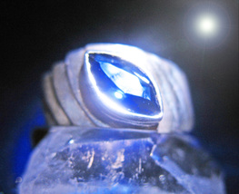 The Mystic Queen's Open Eyes Haunted Ring Psychic Sight Magick Offers Scholar - $200.00