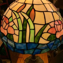 Tiffany Style Pink Flowers And Water Lilly Stained Glass Table Lamp - $300.00