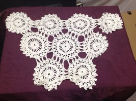 Vintage Hand Crocheted Table Pieces and White/Off white Table Cloth image 4