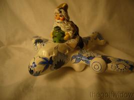 Vaillancourt Folk Art Santa in Gold Flying Delft Plane Signed by Judi  image 2