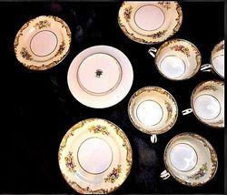 Noritake China - Tea Cups and Dessert Plates AA18 - 1177 9 Piece Vintage image 3