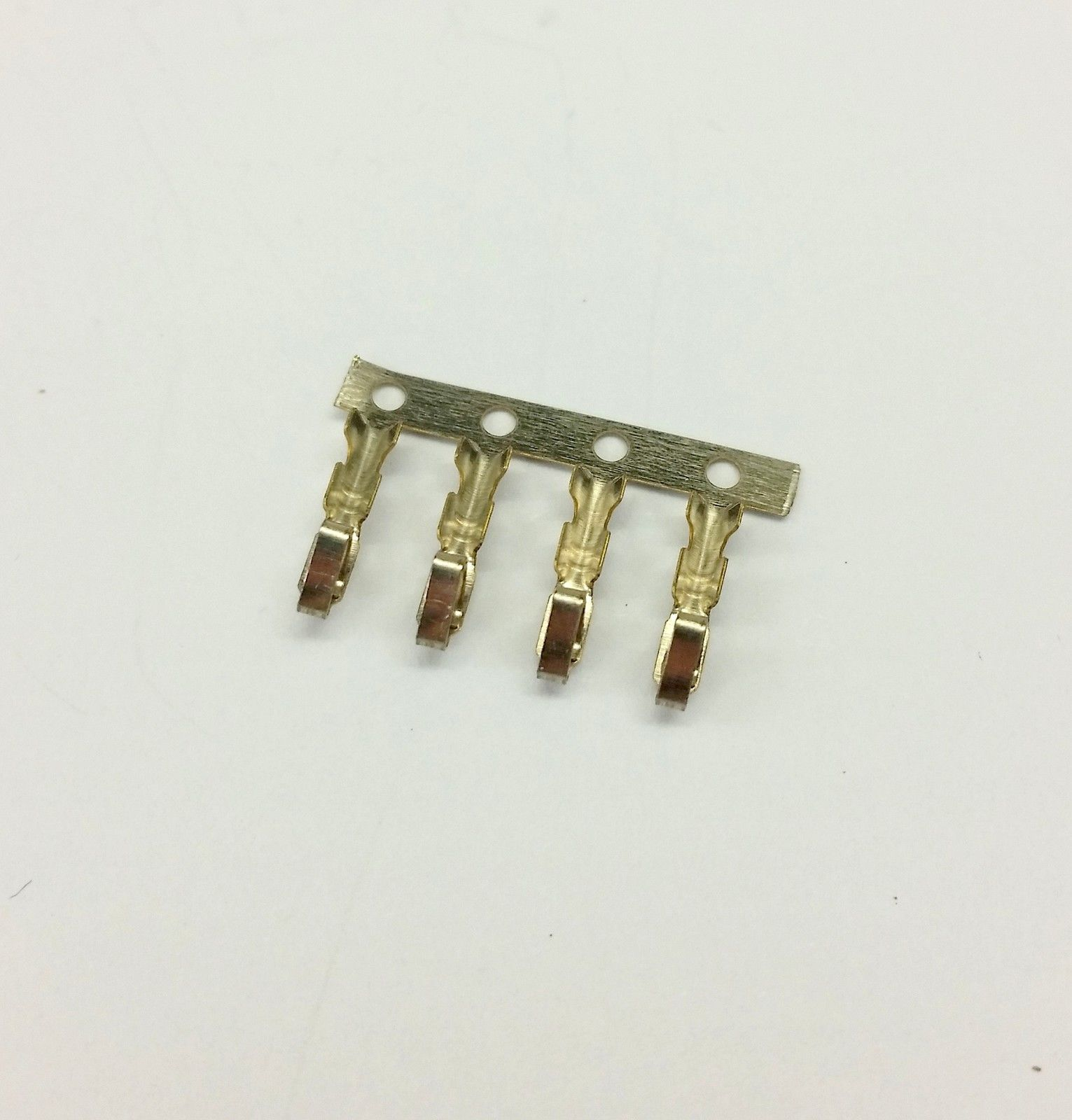 10er Packung - Buchse 4-polig Lüfter Stromanschluss - rot inklusive Pins image 5