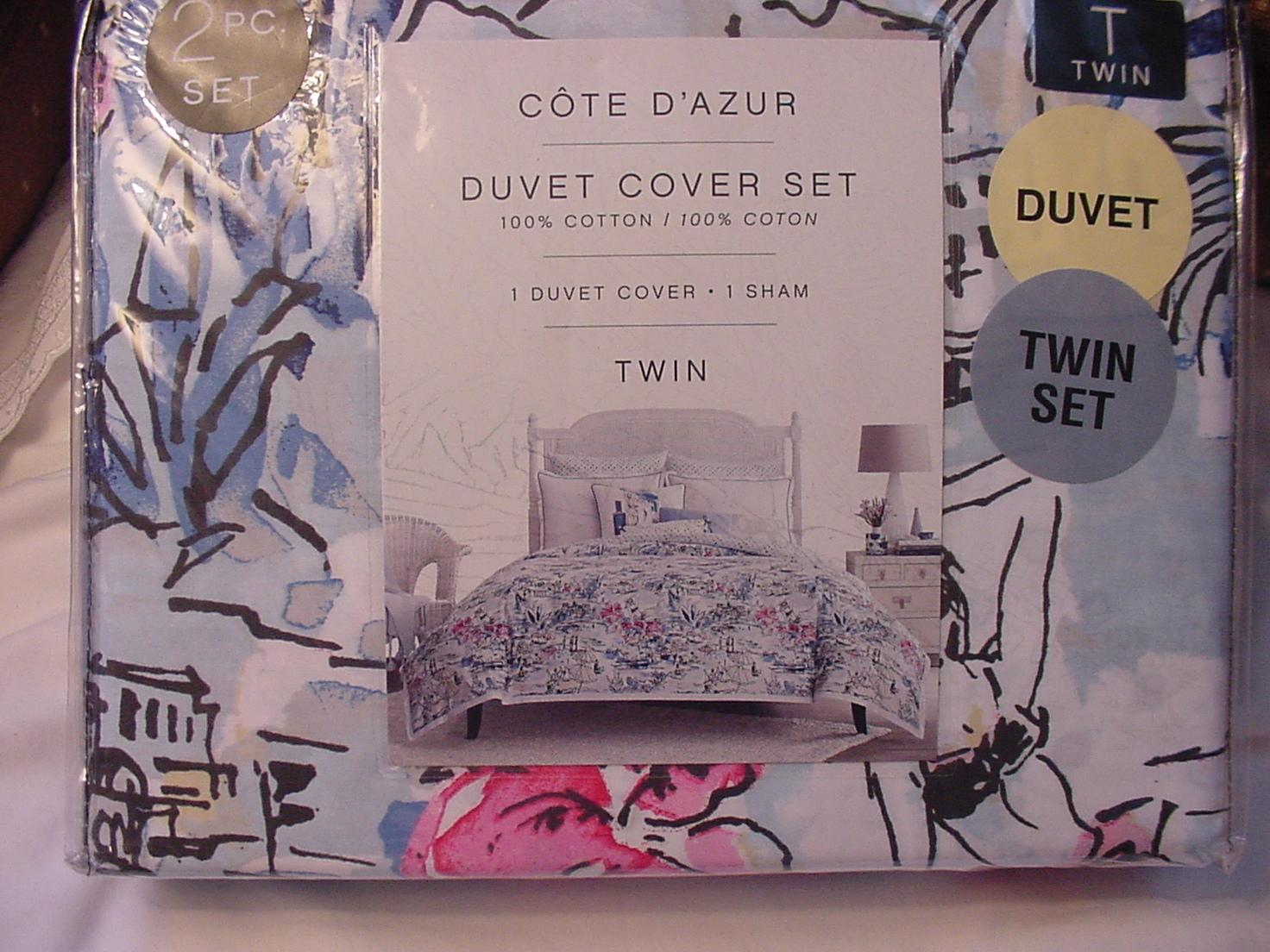 Cote d'Azur Multi-Color French Riviera Duvet Cover Set Twin