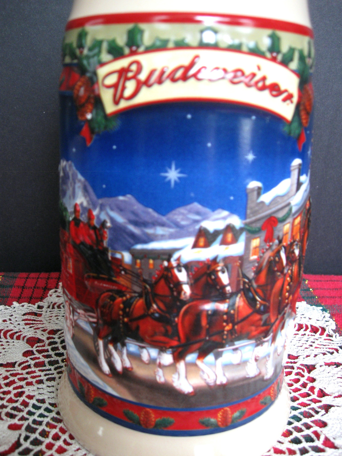 2003 Budweiser Holiday Stein - Old Towne Holiday - No. CS560 - No Box image 6