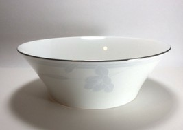 "Mikasa Ovation Round Vegetable Serving Bowl Cr007 9"" - $19.78"