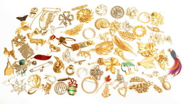 Vintage Pretty Brooch Pins Jewelry Lot*U Pick*Figural*Flowers*Rhinestone... - $2.97+