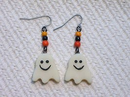 Halloween Glow in the Dark Ghost Beaded Handmad... - $2.50