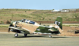 1/144 scale Resin Kit Douglas A-1E [AD-5] Skyraider US Air Force image 7