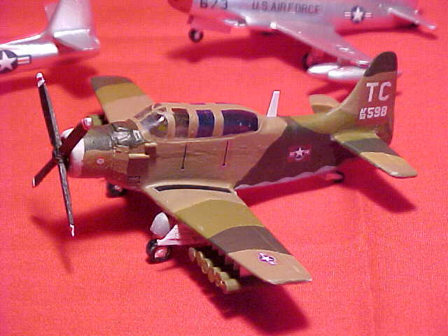 1/144 scale Resin Kit Douglas A-1E [AD-5] Skyraider US Air Force image 5