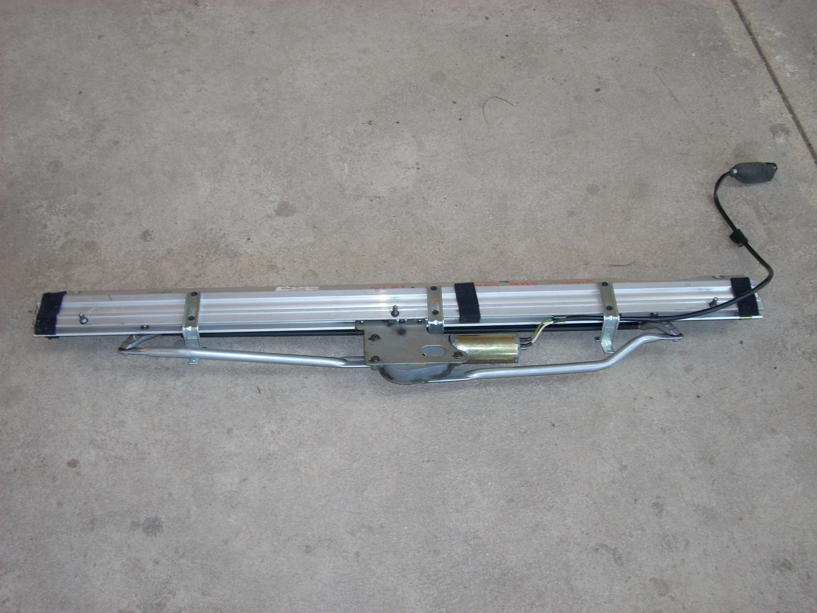 2005 MERCEDES CLK500 SUNSHADE ROLLER BLIND REAR