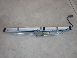 2005 MERCEDES CLK500 SUNSHADE ROLLER BLIND REAR image 1