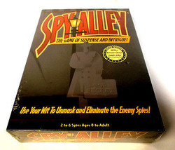 Spy Alley - Board Game of Suspense & Intrigue Parents Choice _ Ages 8 + [NEW] - $48.99