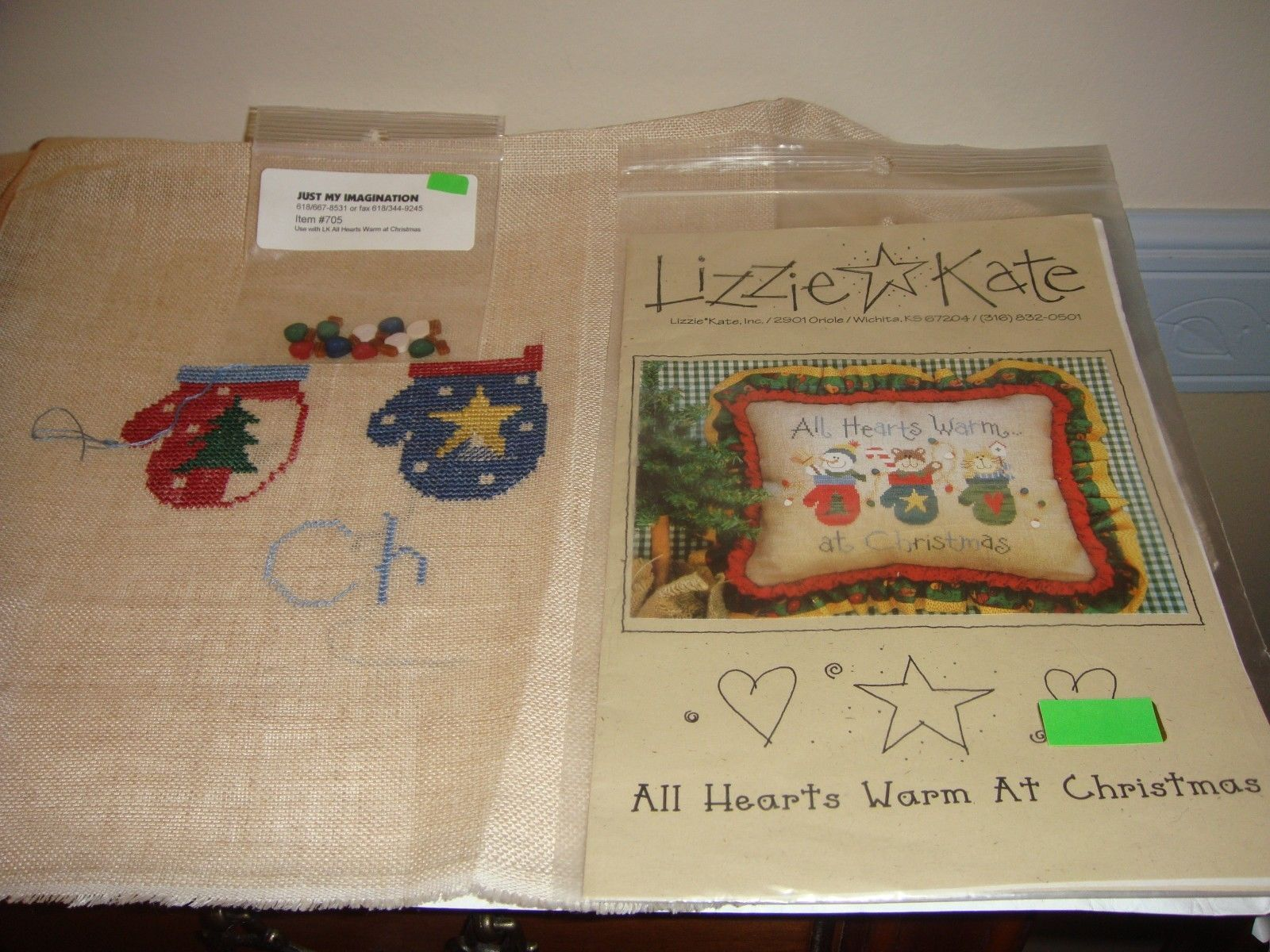 Lizzie Kate Cross Stitch All Hearts Warm At Christmas #61 Plus Fabric & Buttons image 2