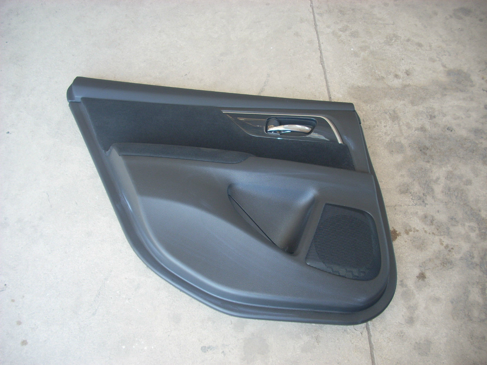 1869  left rear door trim panel 1869
