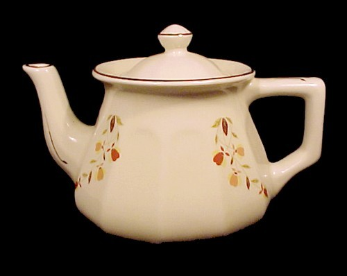 Primary image for Hall Autumn Leaf Bellevue Teapot Jewel T Tea NALCC