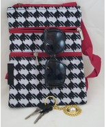 Small houndstooth messenger bag - $10.00