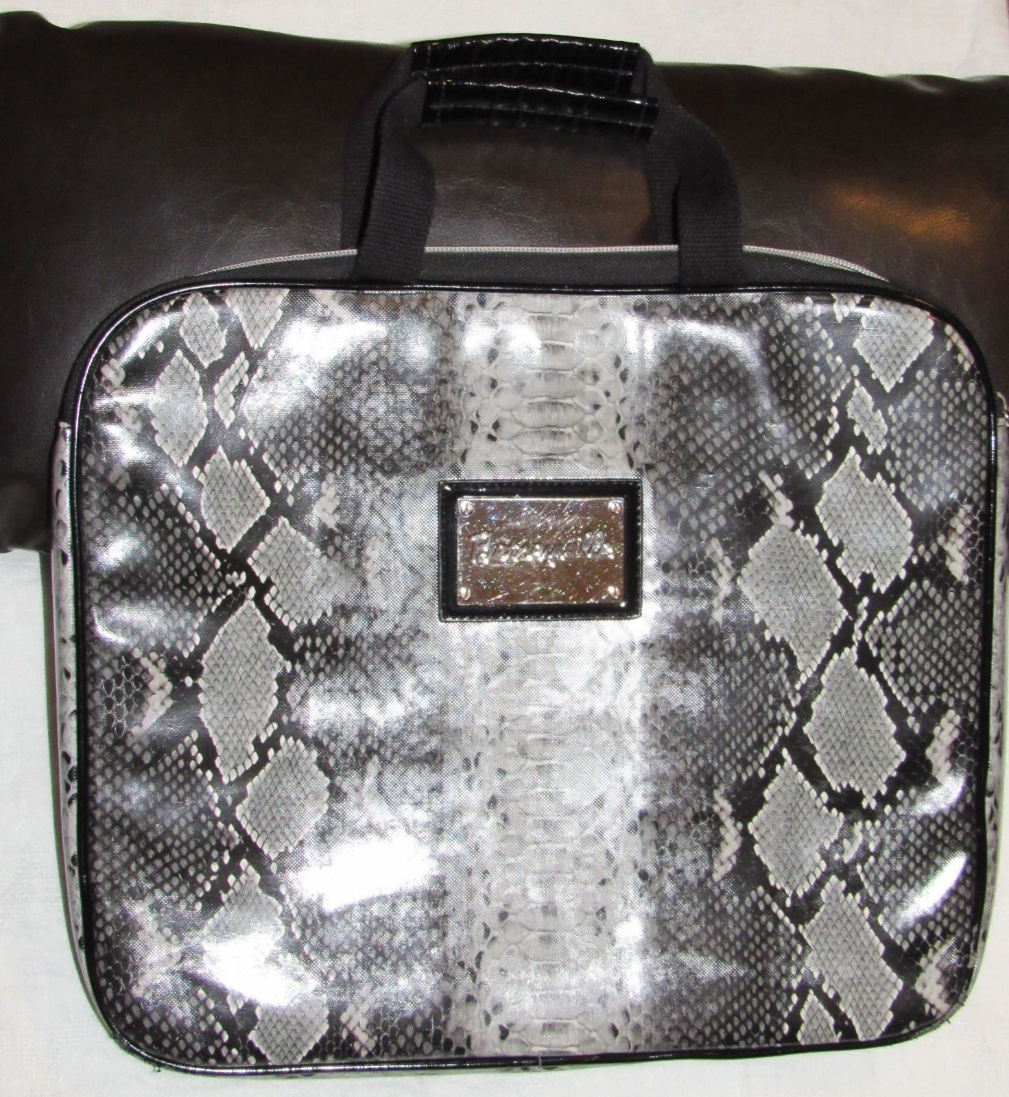 Betsey Johnson Betseyville Faux Leather Snakeskin Laptop Carrying Case/Bag