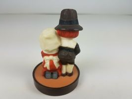 Hallmark Thanksgiving Pilgrims Couple Kneeling Give Thanks Merry Miniature  image 4