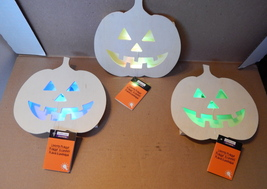 "Halloween 7"" x 7"" LED Lighted Pumpkin Plaque Wood Craft 3ea Creatology 69Q - $15.49"