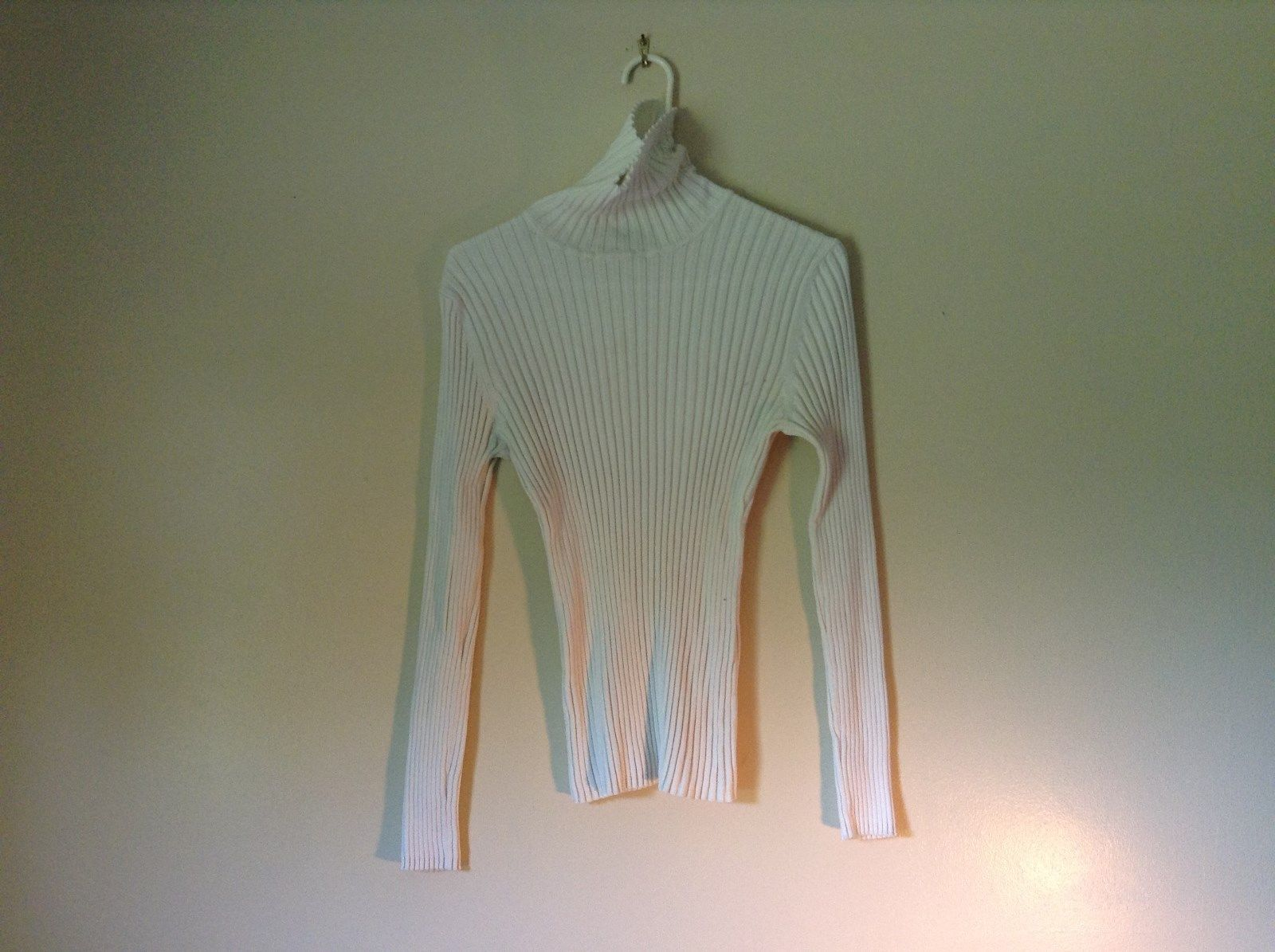 White Long Sleeve Tight Stretchy Turtleneck Top By Its Our Time Size XL