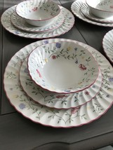12 Johnson Brothers Summer Chintz Mixed Lot Made In England Euc - $87.12