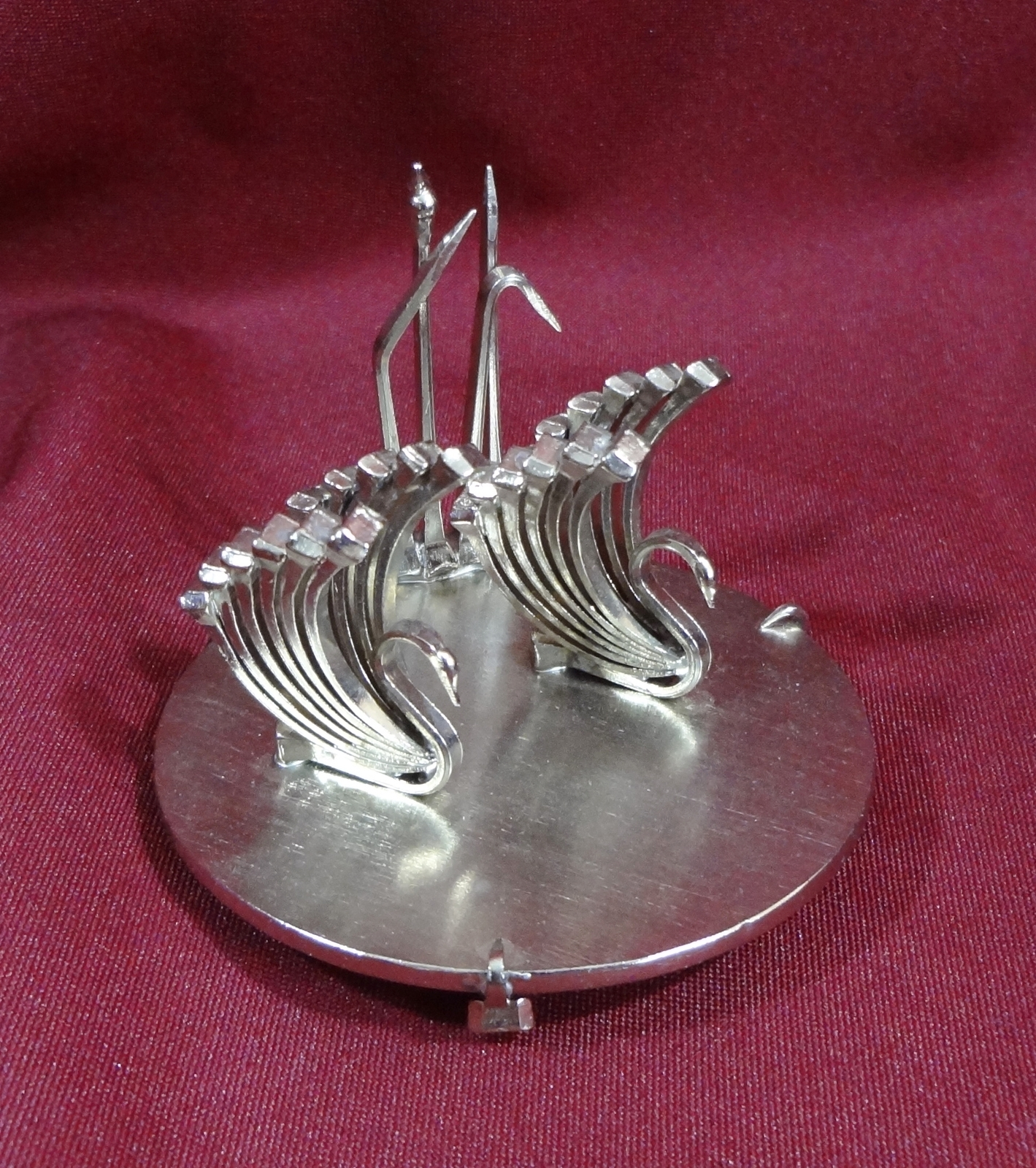 Horseshoe Nail Fine Art Swan Figurine Handcrafted One Of A Kind