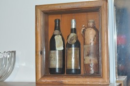 "Collectible Wine Display Wall decor 10.5"" X 9.5"" - $46.74"