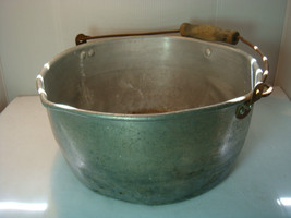VINTAGE MILKING PAIL - KITCHEN PAN - ALUMINUM - VERY USED & VERY OLD image 1