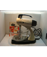 "DELUXE SUNBEAM AUTOMATIC MIXMASTER MIXER 1957 ""PURR'S LIKE A KITTEN"" - $65.95"