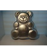 """WILTON Just a TEDDY BEAR CAKE PAN 2002 # 2105-4943 """"OF COURSE IT'S A WIL... - $14.95"""