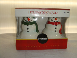 PUBLIX MR. AND MRS. SNOWFOLK SALT & PEPPER SHAK... - $12.95