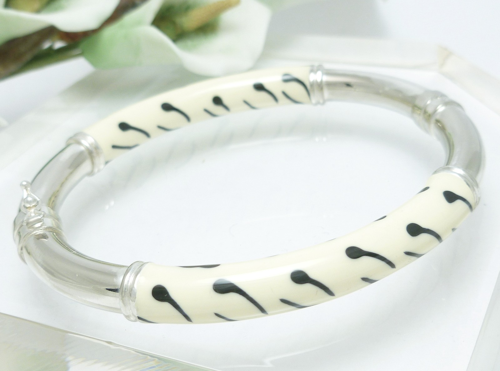 Sterling Enamel Zebra Print Bangle Bracelet Average Wrist Size 7 inch
