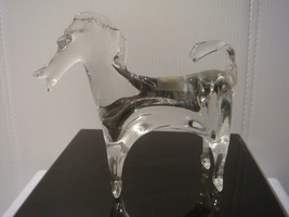 VIKING GLASS CO. HORSE FIGURINE CLEAR CRYSTAL GLASS with PARTIAL STICKER - $27.09