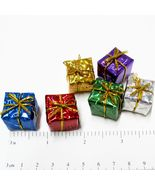 3/4 in. Set 6 Foil Wrapped Christmas Present Gift Dollhouse Miniatures b... - $1.85